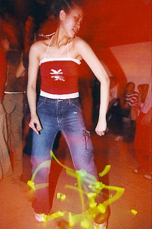 2000.05.09 : TURBO NIGHTCLUB : LIFEFORCE : SUV : MC DYNAMITE 3